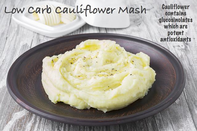 Low carb paleo cauliflower mash
