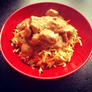 PALEO CHICKEN SATAY WITH STIR FRIED SHREDDED VEG