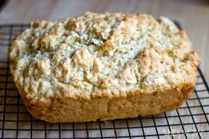 Easy homemade paleo bread