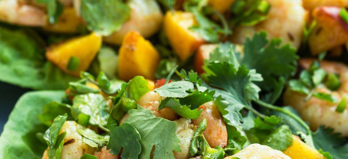 Spicy Prawn & Mango Lettuce Cups
